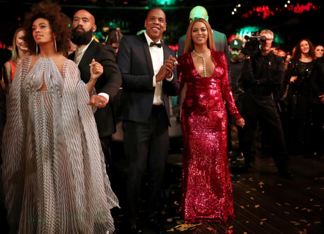 """Бейонсе и Jay-Z на церемонии """"Грэмми 2017"""""""