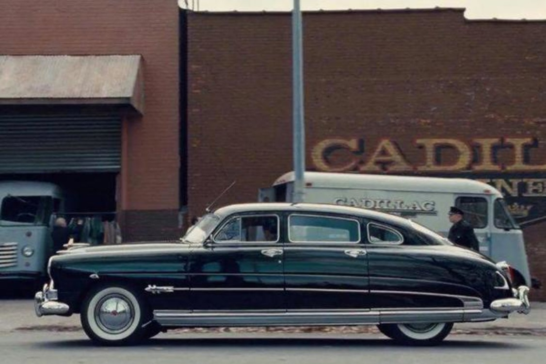 """Hudson Hornet (1951) – автомобиль Фрэнка Ширана, которого виртуозно сыграл Роберт Де Ниро в криминальной драме Netflix """"Ирландец"""" (2019). Photo: Netflix"""
