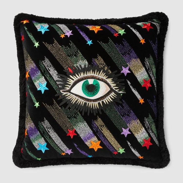 Оксамитова подушка з вишивкою, Gucci