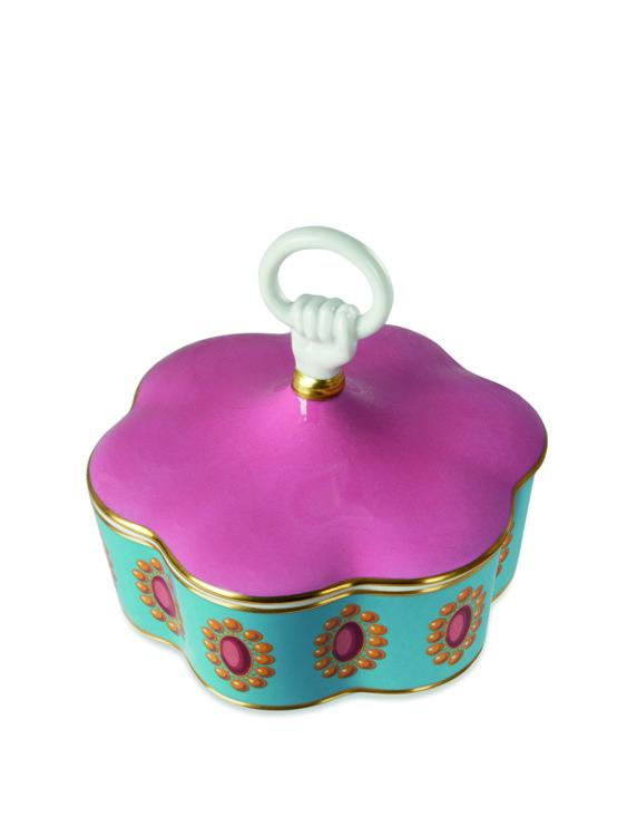Шкатулка с крышкой из новой коллекции Gucci Décor