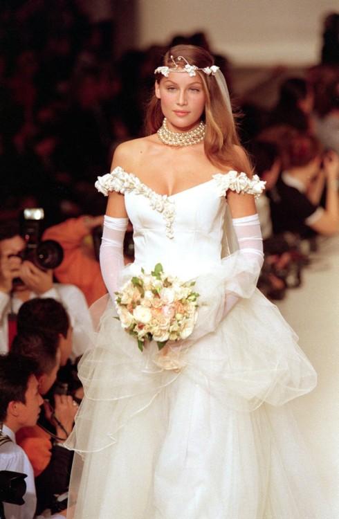 Летиция Каста в свадебном платье
