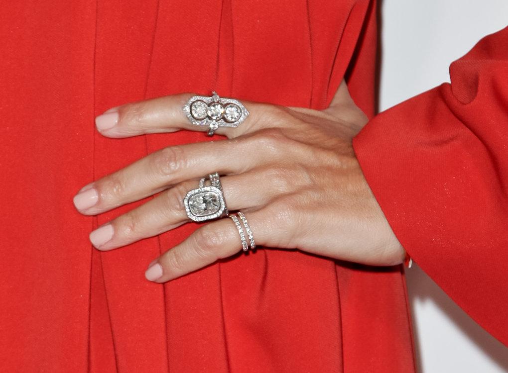 Обручальное кольцо Рэйчел Зоуи