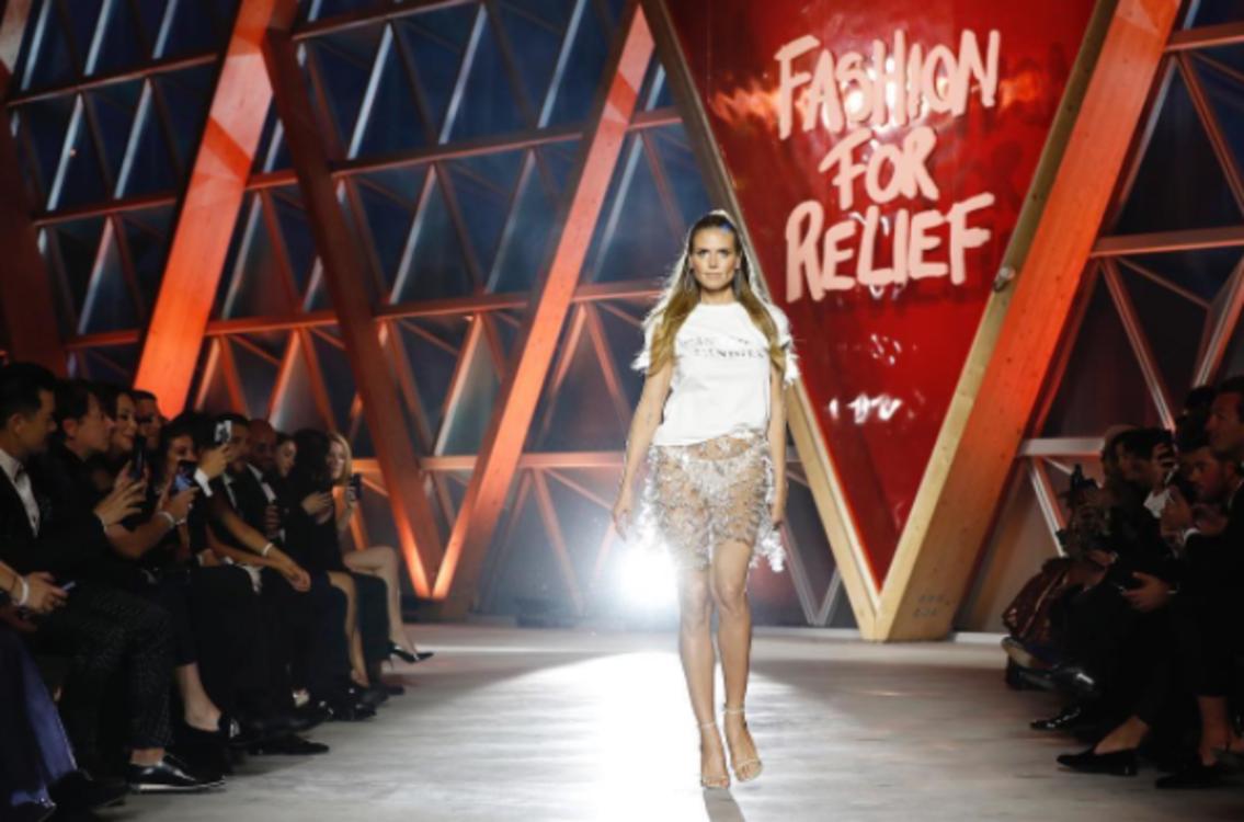 Хайди Клум на показе Fashion for Relief