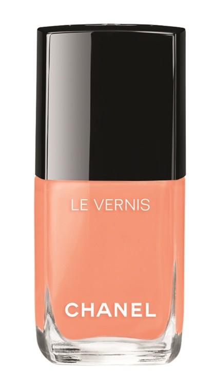 Из летней коллекции Chanel Le Vernis