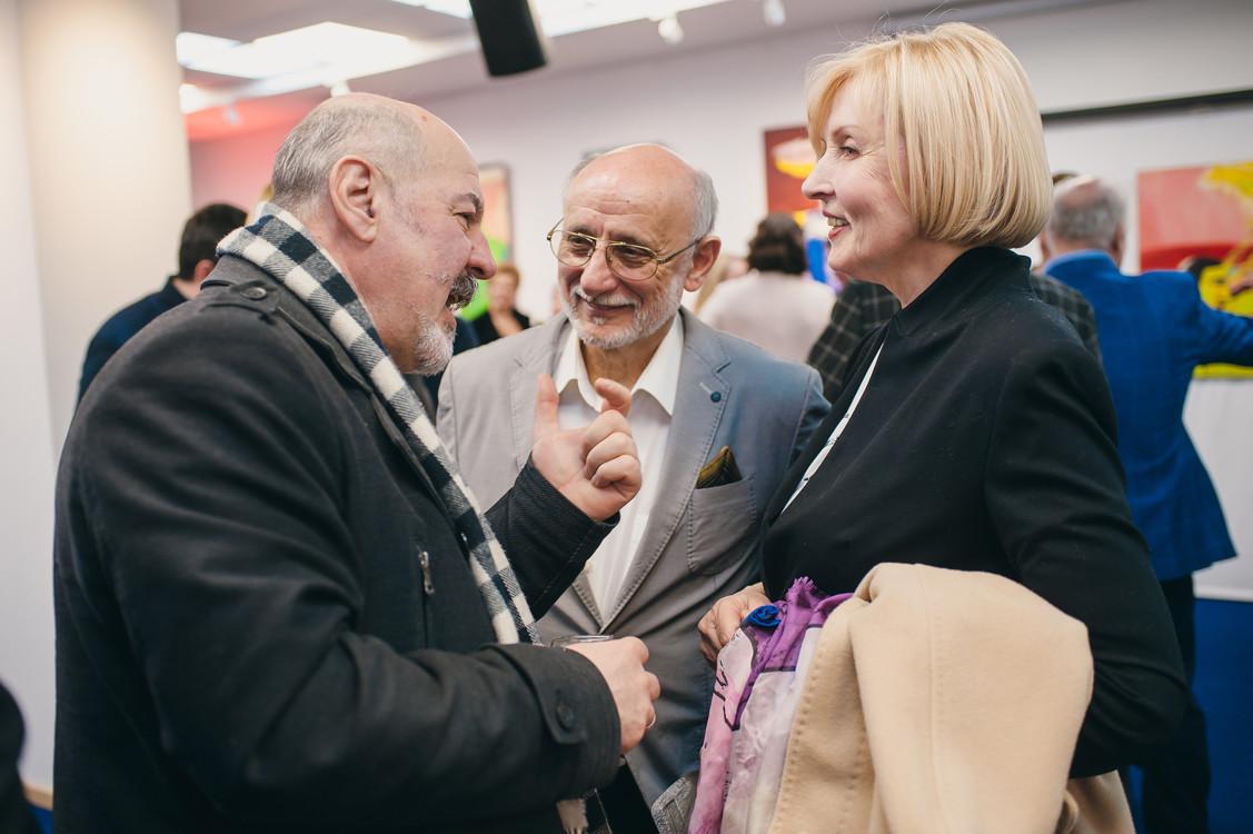 Сергей Казарянц, Виг Янош с супругой