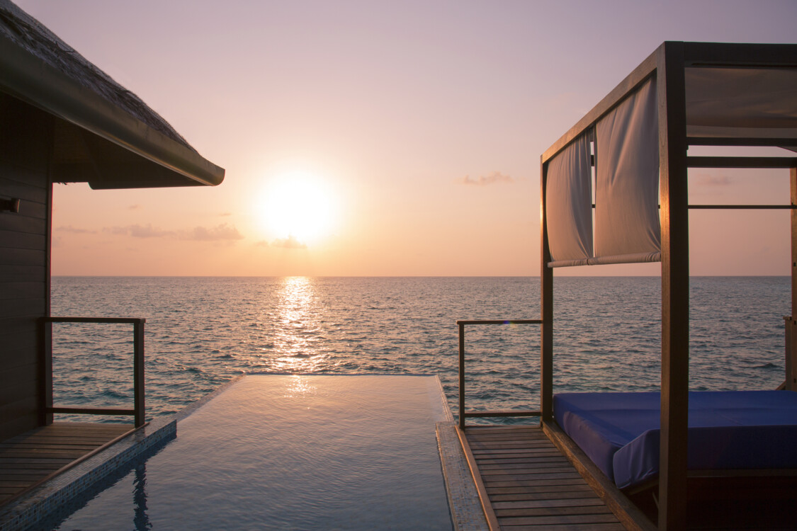 "Вилла-люкс ""Escape Water Residences"" на курорте Coco Bodu Hithi Maldives"