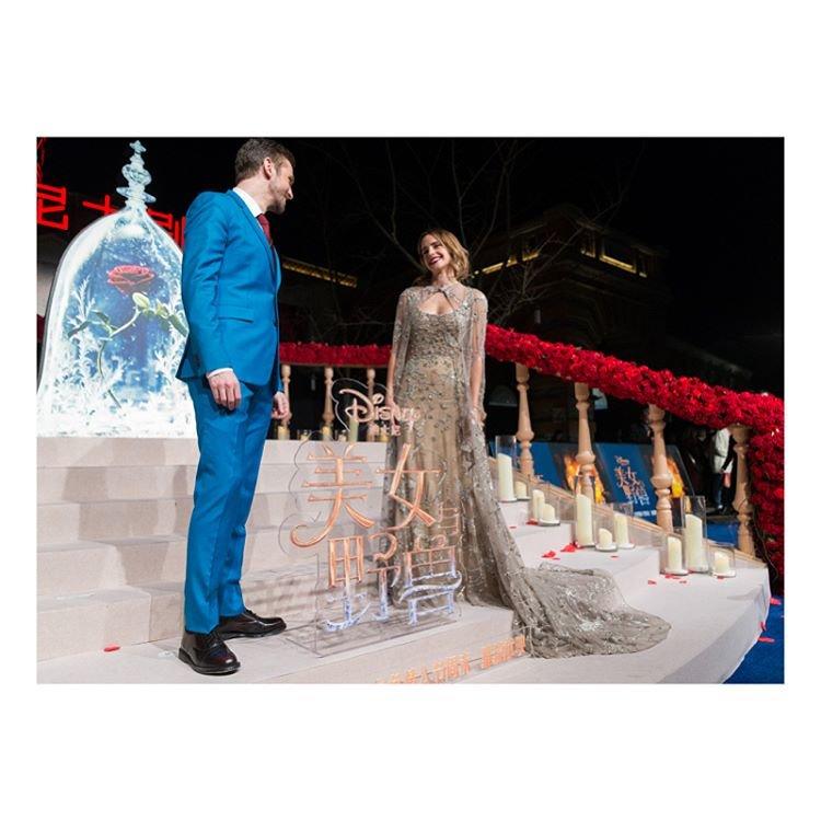 Эмма Уотсон в платье Elie Saab в Шанхае
