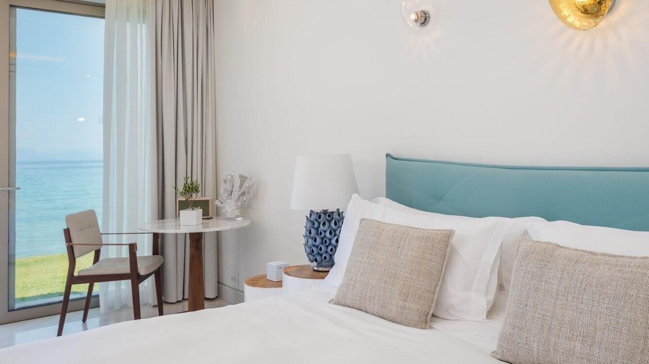 Pavilion Bedroom в Domes Miramare, a Luxury Collection Resort, на острові Корфу