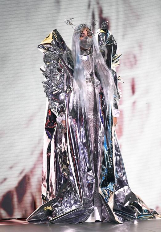 Леди Гага в Candice Cuoco