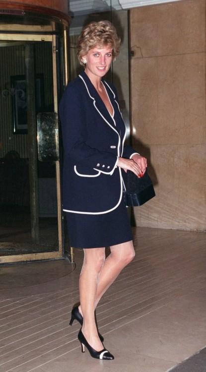 Принцесса Диана на ужине в отеле Hilton в Лондоне