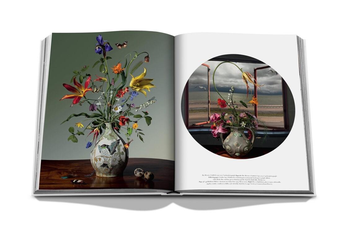 Книга Flowers, Assouline