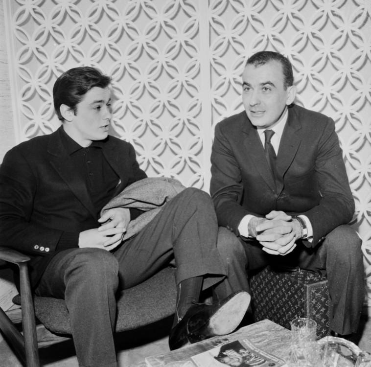 Рауль Леви и Ален Делон в аэропорте Орли, 1961 год
