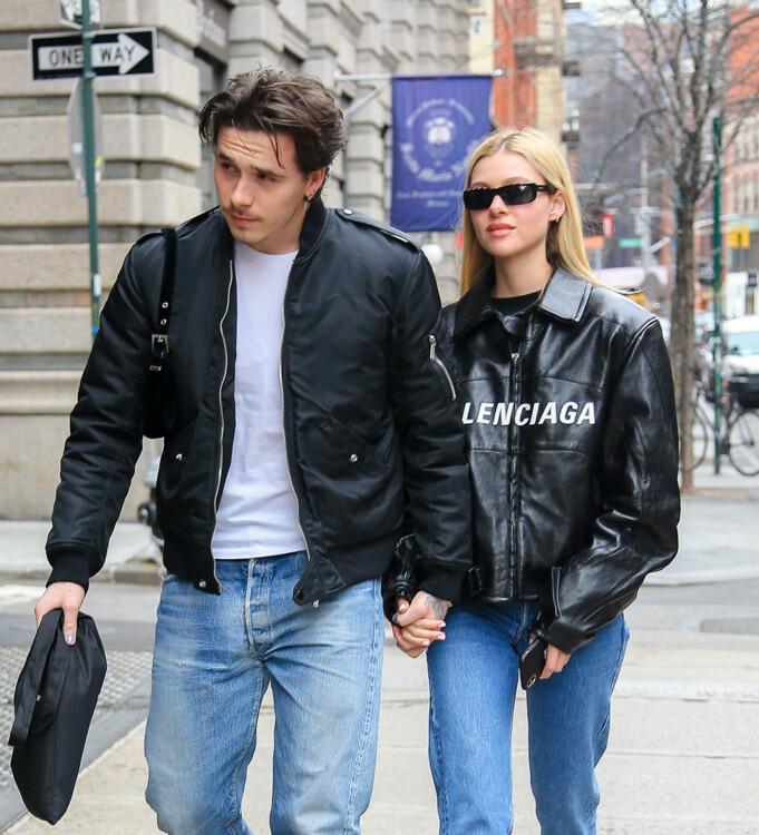 Бруклин Бекхэм и Никола Пельтц в Нью-Йорке