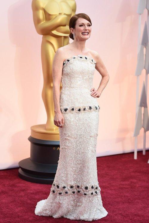 2015 год: Джулианна Мур в платье Chanel Couture
