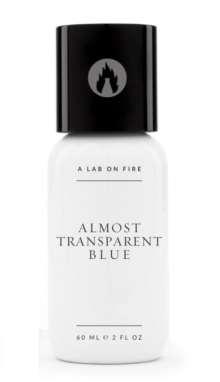 Almost Transparent Blue, A Lab on Fire, з нотами чебрецю, кипарисового дерева, альдегідів, лайма і білого кедра