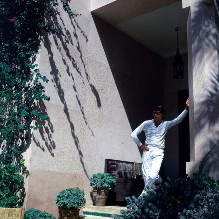 Ив Сен-Лоран в вилле Dar es Saada в Марракеше в 1980 году