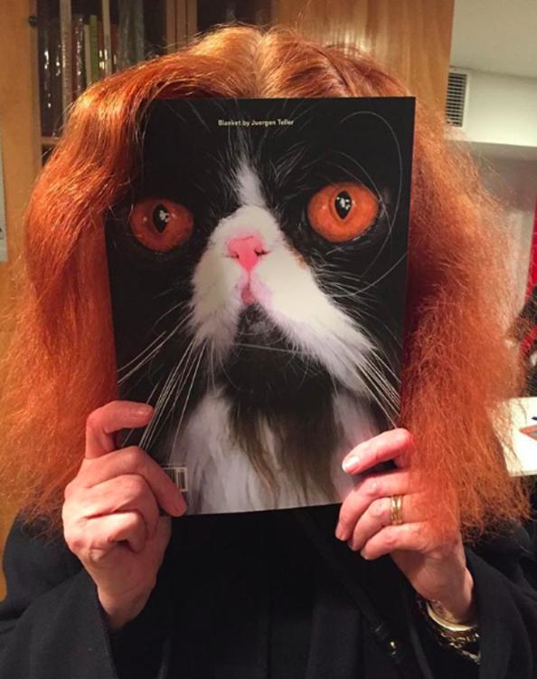Обкладинка журналу Puss Puss з котом Грейс Коддінгтон, Бланкет