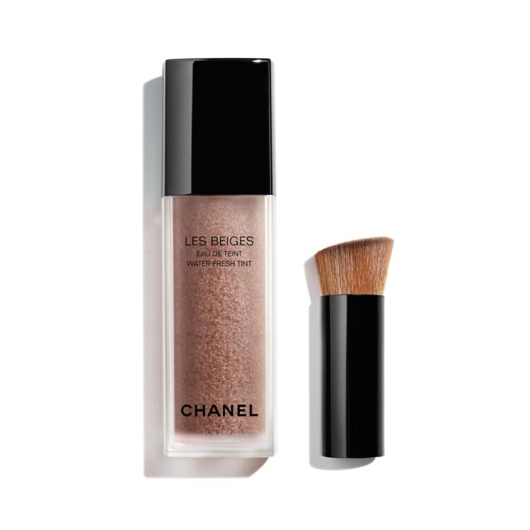 Тональный тинт Les Beiges Water Fresh Tint оттенка Deep, коллекция макияжа Les Beiges Summer Light Chanel