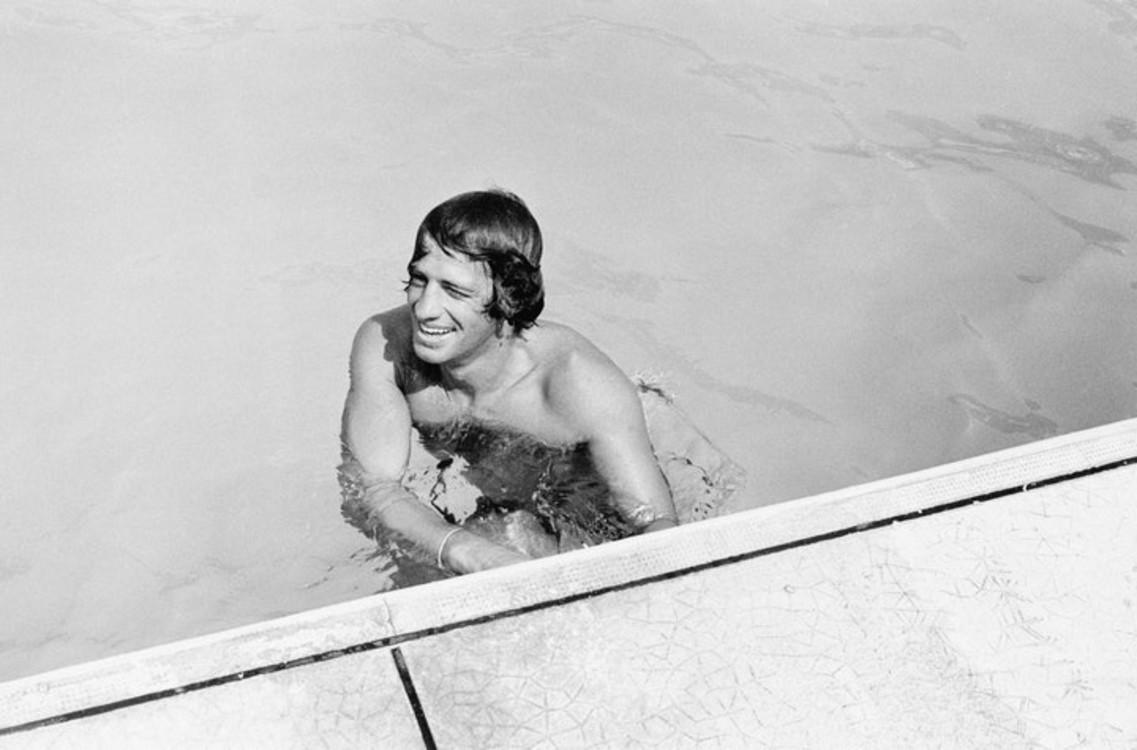 Жан-Поль Бельмондо на Французской Ривьере в 1960-е годы