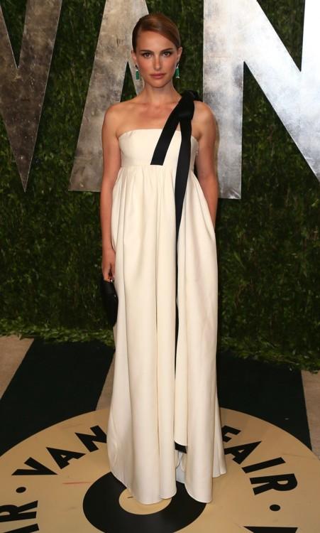 Натали Портман в  Dior, 2013