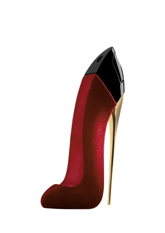 Червона туфелька на екстремальній шпильці приховує аромат Good Girl Velvet Fatale, Carolina Herrera, в серці якої – п'янкі білі квіти, а у шлейфі – димні боби тонка і шоколад