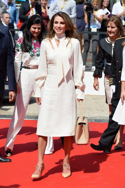 Королева Иордании Рания принимает участие в университетской конференции Medef Summer 2015, 26 августа 2015 года в Жуи-ан-Жоза, Франция