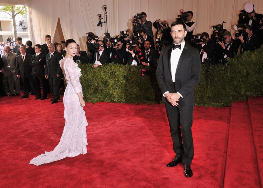 Руни Мара в Givenchy и Рикардо Тиши, MET Gala 2013