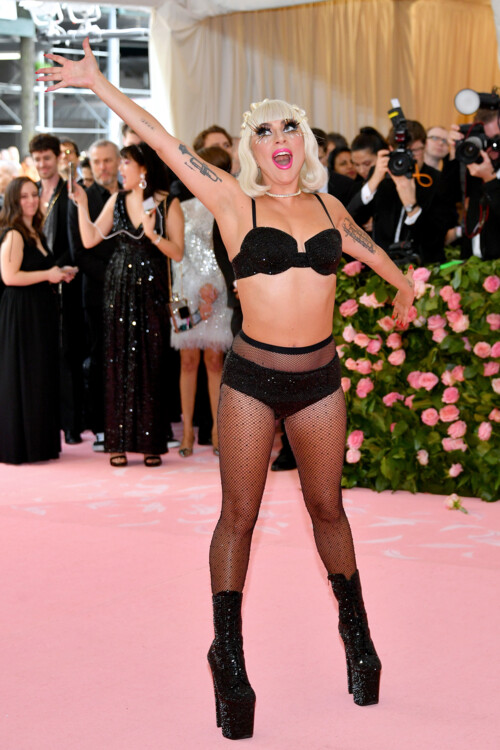 Леди Гага в Brandon Maxwell