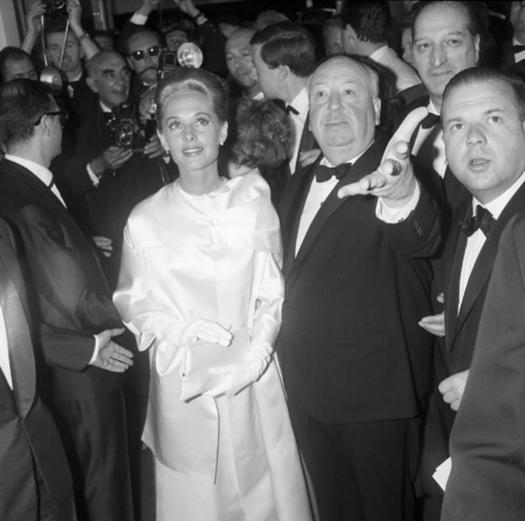 Тіппі Хедрен і Альфред Гічкок на Каннському фестивалі 1963 року