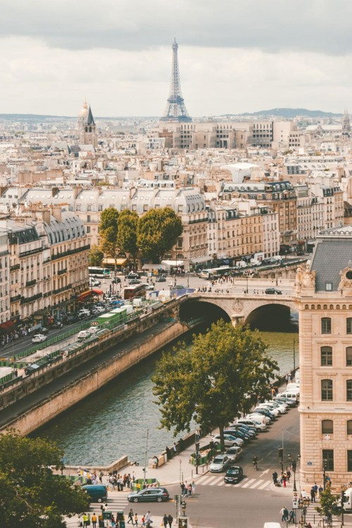 1. Париж, Франция. Photo: Ilnur Kalimullin / Unsplash