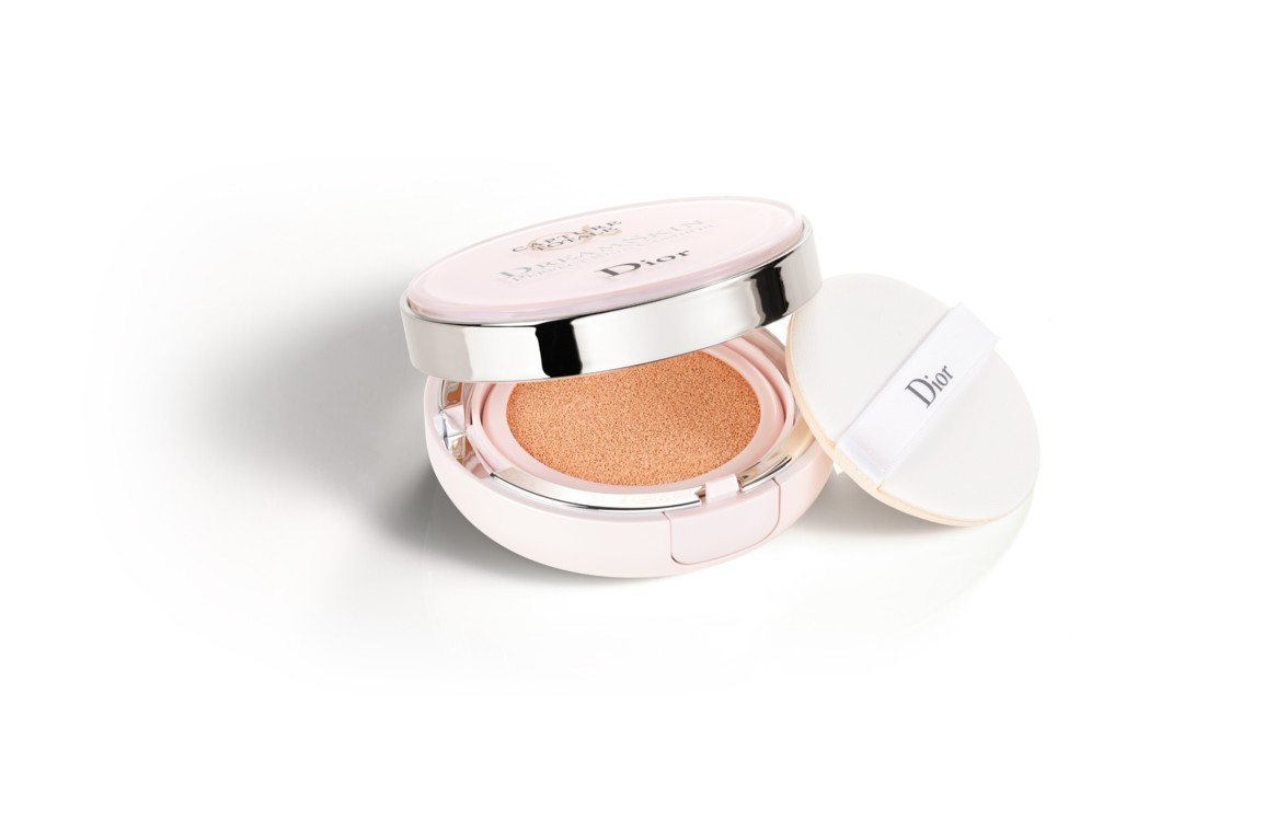 Кушон CAPTURE TOTALE DREAMSKIN PERFECT SKIN CUSHION, № 010 Fair Neutral