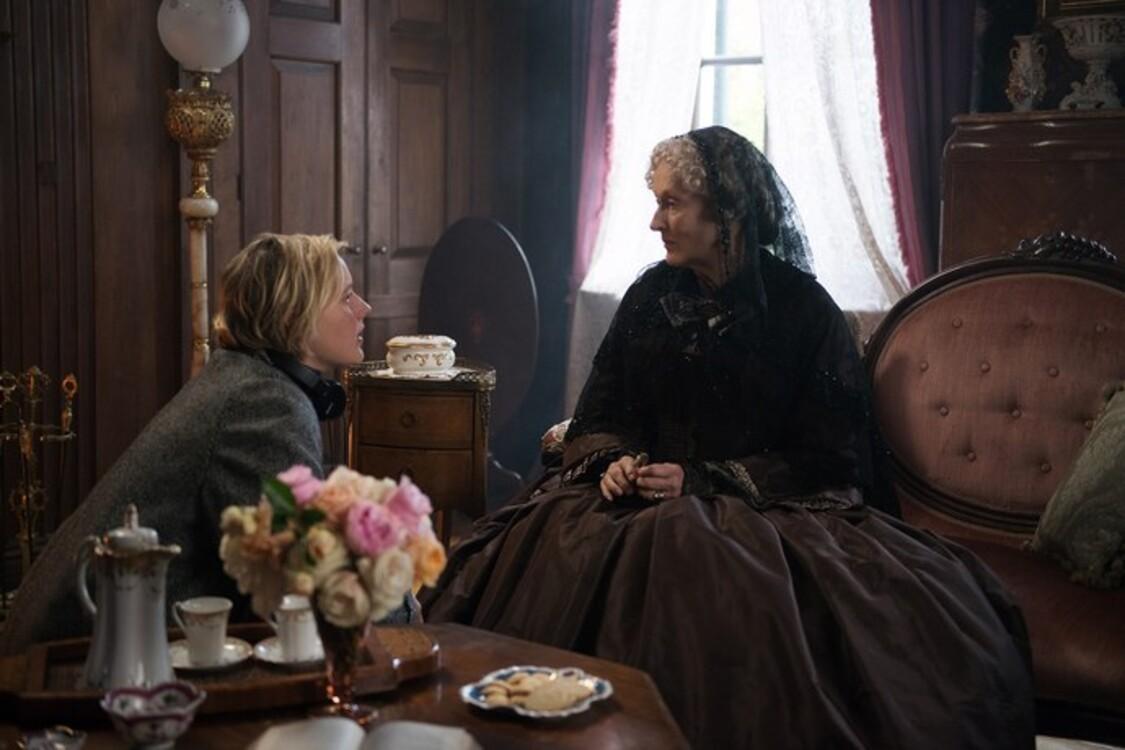 Грета Гервіг і Меріл Стріп на знімальному майданчику «Маленьких жінок»