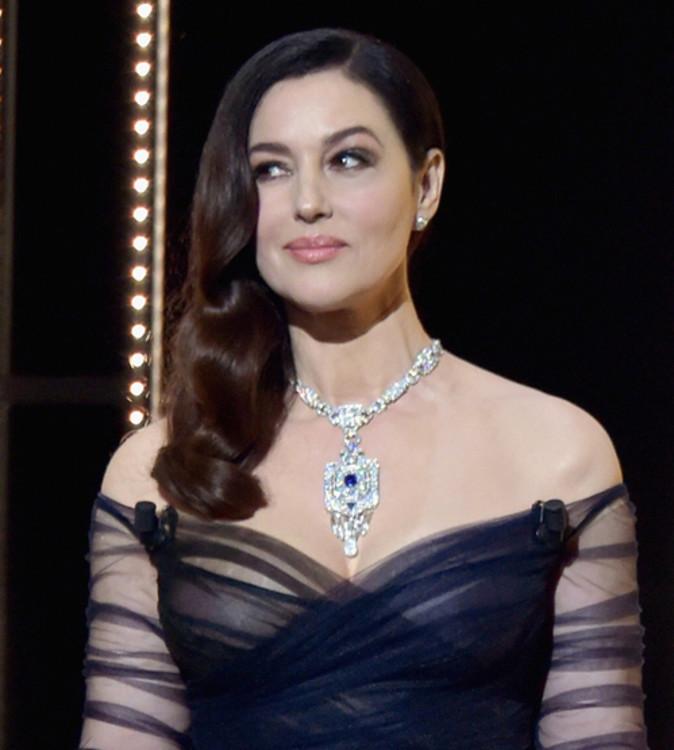 Моника Беллуччи, Колье из коллекции High Jewelry by Cartier (сапфиры и бриллианты)