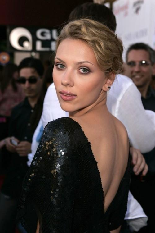 Скарлетт Йоханссон на Movieline Young Hollywood Awards в 2004 году.