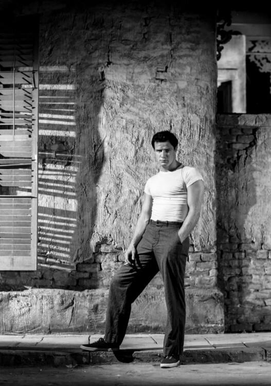 "Марлон Брандо во время съемок фильма ""Трамвай ""Желание"", 1951 год"