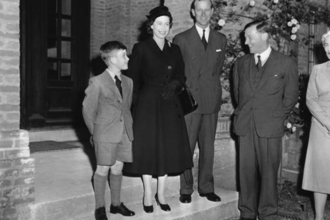 Принц Чарльз, 1957