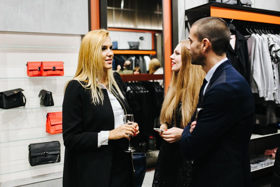 Яна Клочкова, Валерия Толочина и Андреа Джорджи
