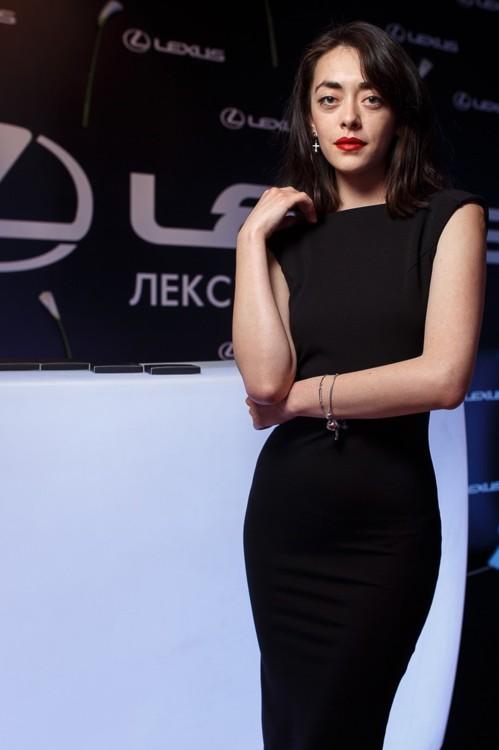 Анита Стемковская