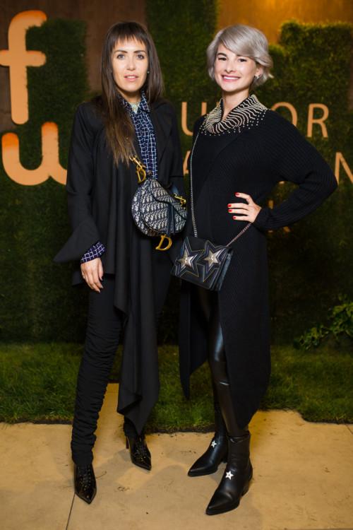 Ана Варава (слева)