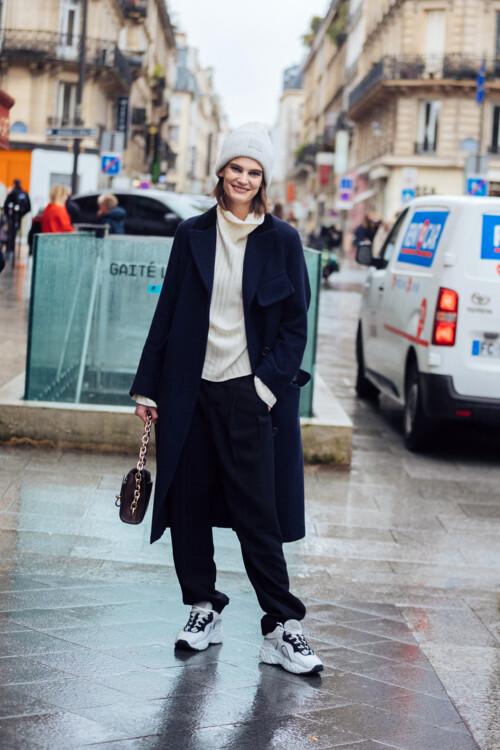 Самые модные шапки сезона осень-зима 2020/2021 стритстайл фото примеры фото