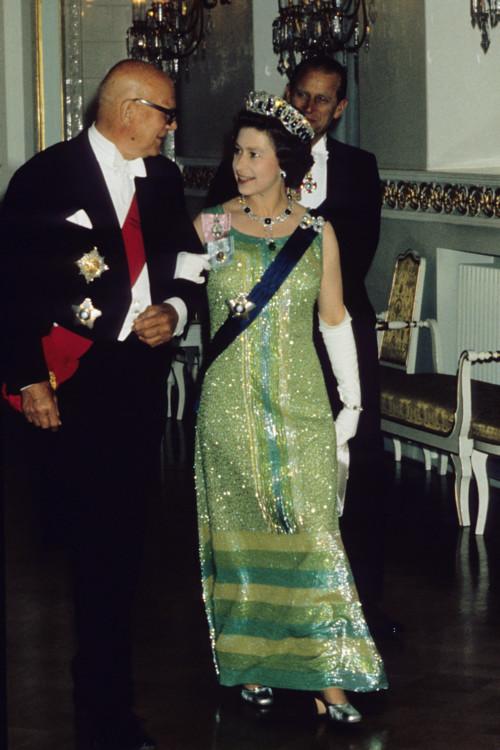 Єлизавета II під час зустрічі з президентом Фінляндії, Урхо Кекконеном 1976 року