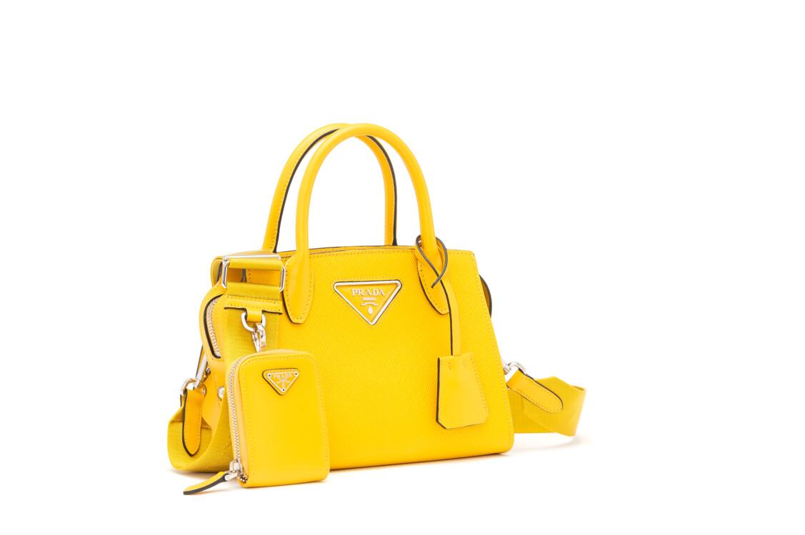 Желтая сумка Prada Pre-Fall 2020