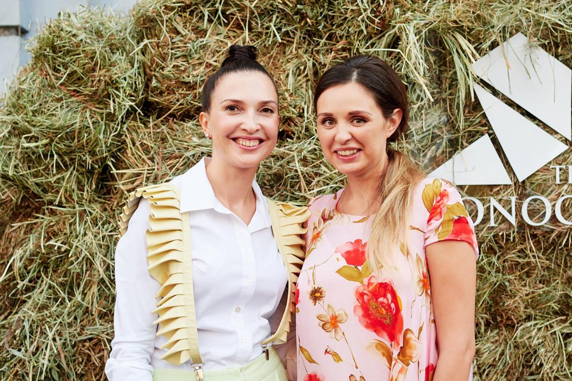 Елена Вишнякова и Юлия Косадченко