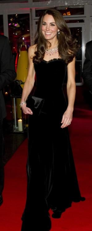 Кейт Миддлтон в Alexander McQueen в Лондоне (сентябрь, 2011)