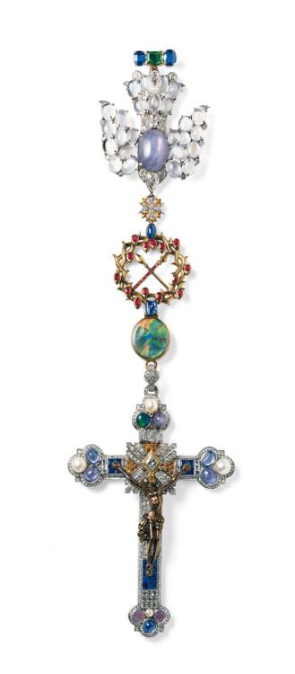 Хрест Cartier, золото, срібло, діаманти, сапфіри, рубіни, опали, перли, топази, 1934