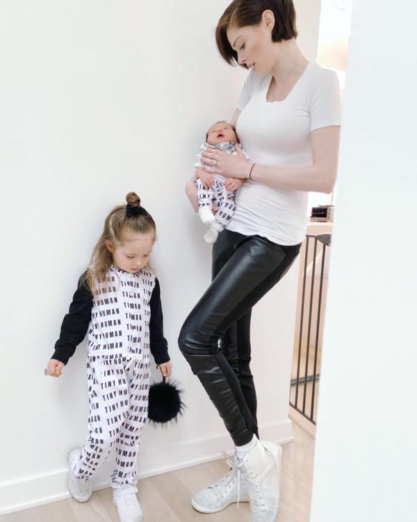 Коко Роша с дочерью Айони Джеймс и сыном Ивером (фото: Instagram @cocorocha)