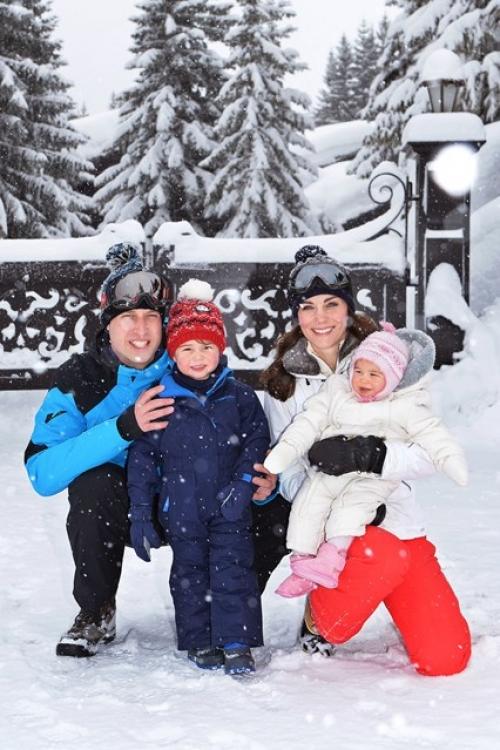 Первые рождественские каникулы королевской семьи вчетвером, март 2016 года