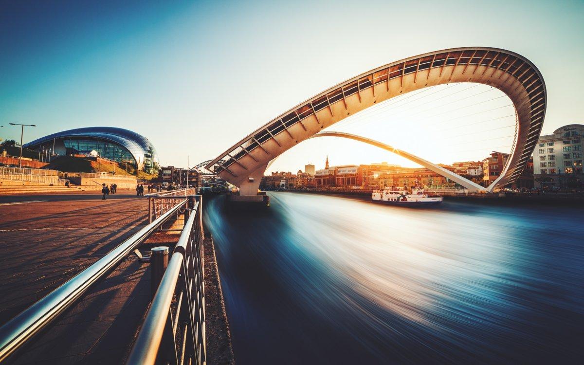 Мост Тысячелетия, Гейтсхед – Ньюкасл-апон-Тайн, Великобритания