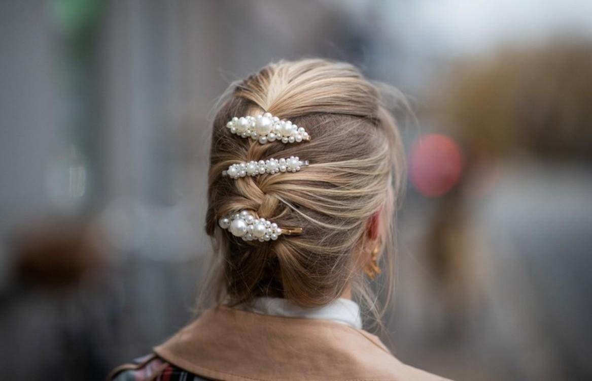 Заколки для волос: +253%