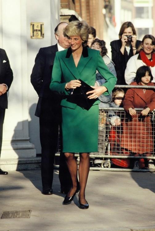 Принцесса Диана в костюме Victor Edelstein, 1989